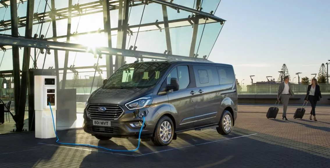 New Ford Tourneo Custom Plug-In Hybrid