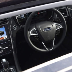 Ford Mondeo Hybrid interior