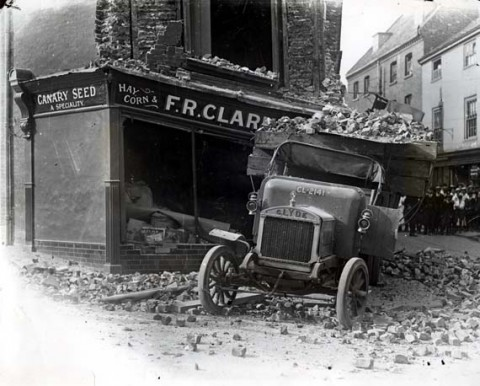 Canary Seed shop hit by a truck 1925
