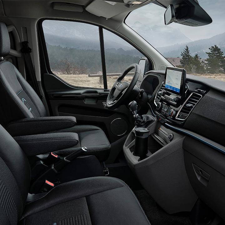 Tourneo Custom Active interior
