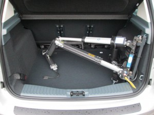 Small Hoist in a Ford C-Max