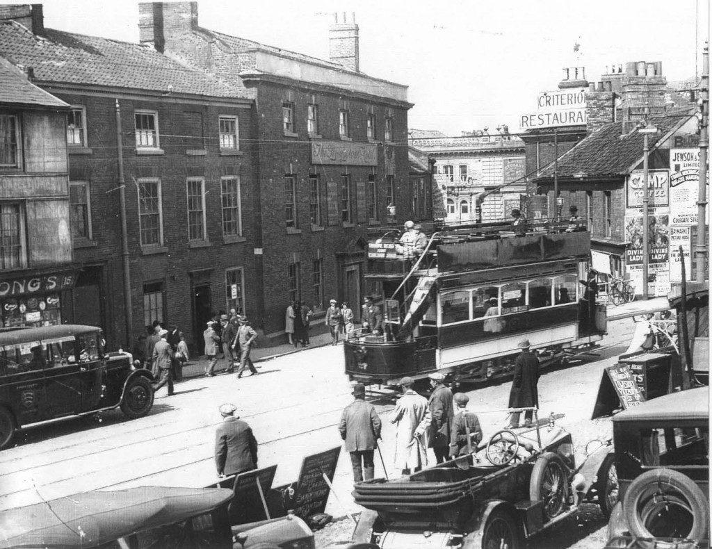 Tram on Earlham Road