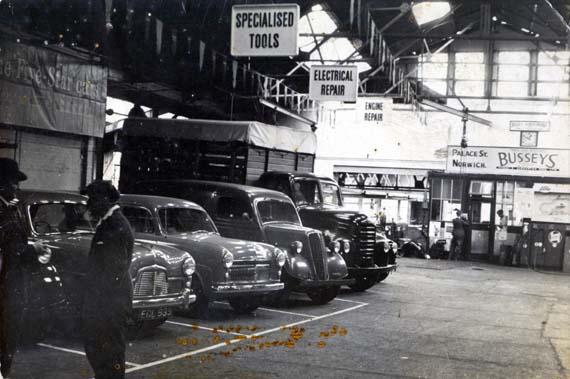 Busseys Palace Street 1940s