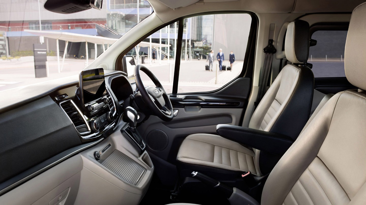 the new ford tourneo custom busseys ford and peugeot norfolk. Black Bedroom Furniture Sets. Home Design Ideas