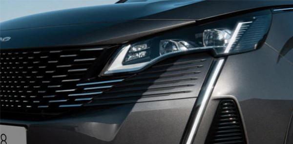 3008 SUV headlights
